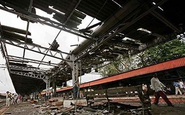 Mumbai_blasts_Reuters2