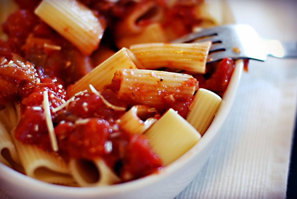 aubergine-tomato-pasta